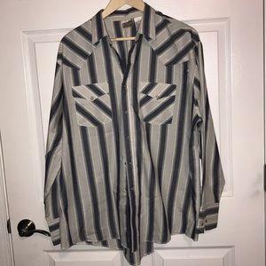 Vintage find!!  Pearl snaps!!  Men's Western shirt